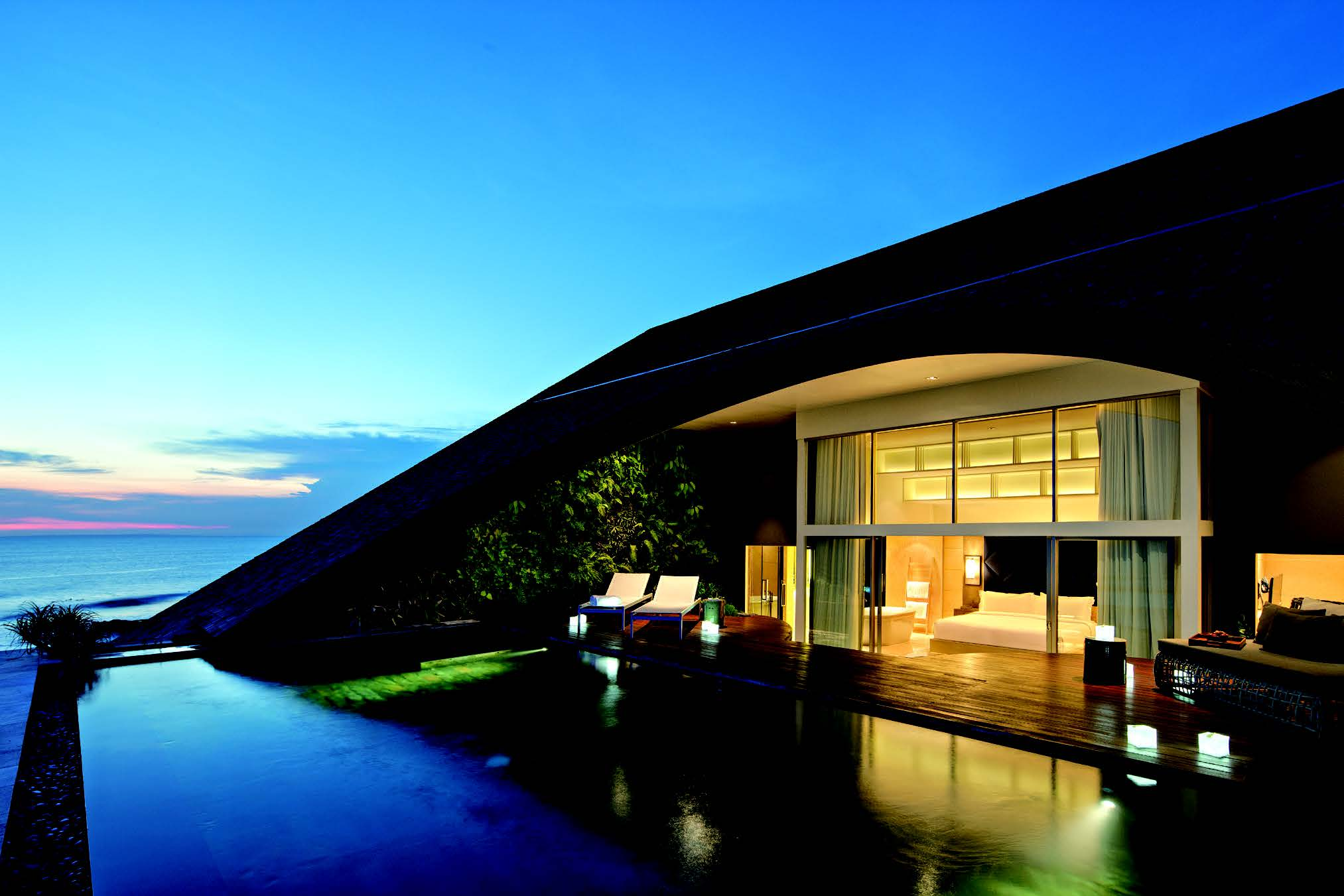 日本進出意欲ある3ホテル 事業参入の要件と特色 -「グローバル富裕層」誘客 –